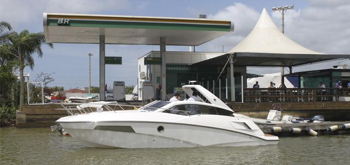 gasolina para o barco